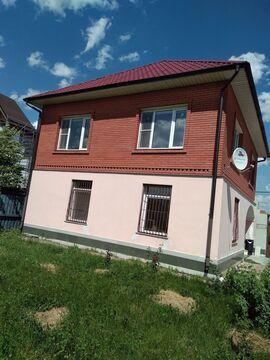 Дом кирпичный 125.3 кв.м. с земельным участком 9.5 соток в г. Кашира, .