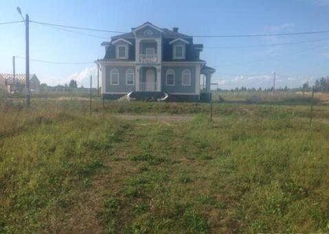 Продам дом на берегу реки.