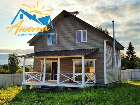 Новый дом с газом в деревне у озера