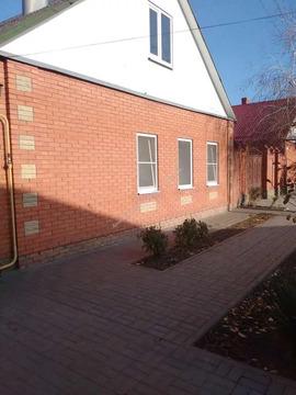 Продается два дома на одном участке в городе Таганроге, район сжм.
