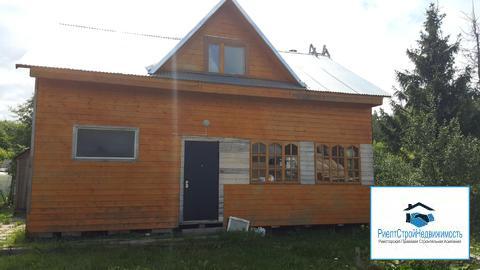 Дом с центральными коммуникациями в поселке городского типа рядом с жд