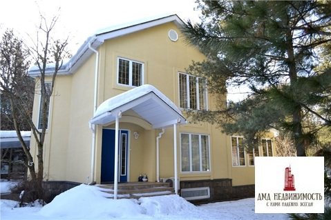 Дом 209 кв. м. в д. Борки кп