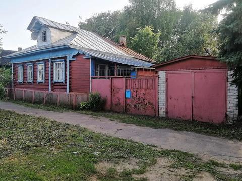 Продается в городе Кимры пол дома с участком и гаражом, рядом р. Волга
