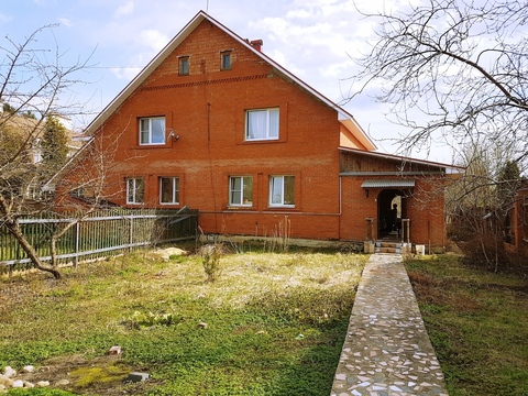 Продажа — половина дома, г. Звенигород, Одинцовский р-н д. Сальково
