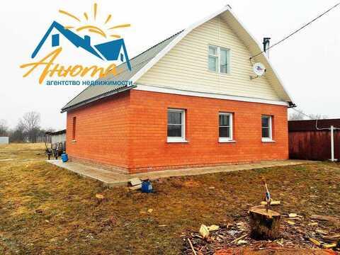 Продается кирпичный дом В деревне около Балабаново.