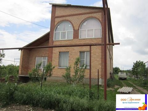 Продается 2-этажный дом, п.Луначарский