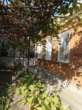 Продается одно этажный дом в ближайшем пригороде Таганрога, с. Комаров