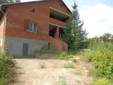 Кирпичный 2 эт.жилой дом 154.9 ,16 соток земли в д. Смирновке .
