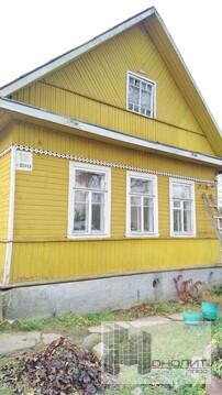 Продам дом в п. Тайцы -50 кв.м. на участке 8 сот.