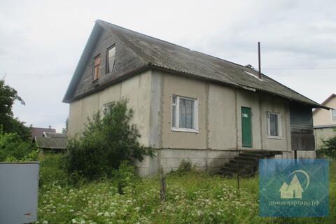 Кирпичный дом с баней, с удобствами, возле Гдова