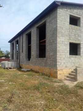 Продам дом с большим земельным участком