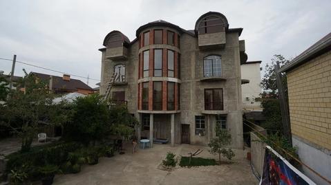 Купить большой дом для дружной семьи, в южном районе Новороссийска.