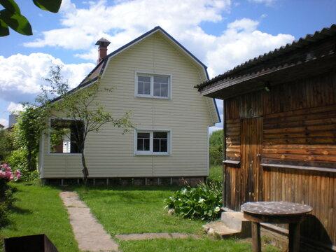 Дом рядом с соснами в Малоярославце