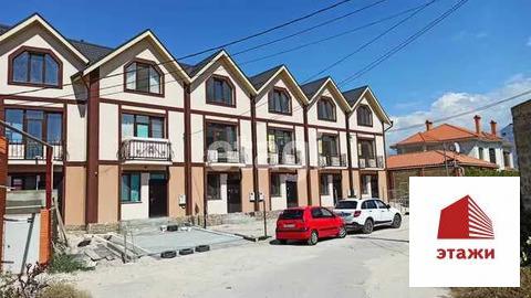 Продам 3-этажн. таунхаус 220 кв.м. Севастополь