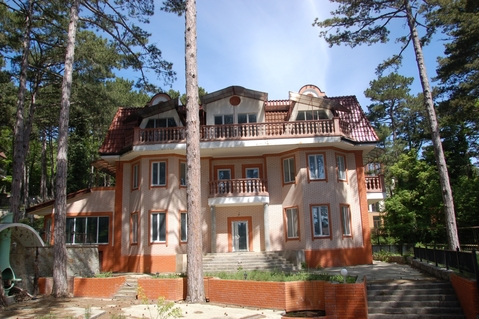 Элитное домовладение в поселке Горный