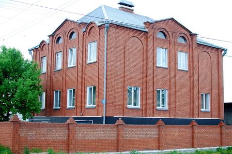 Продам трехэтажный коттедж 465кв.м. в районе областной больницы.