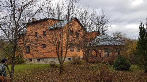 Дом в районе г.Звенигорода рядом с рекой с панорамными видами