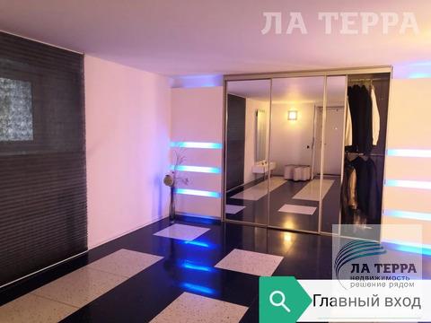 Продается роскошный особняк на р. Ангара, на 12 км Байкальского .