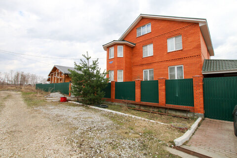 Продается Дом 300м2 на земельном участке 8 соток в Акри в близи г. Сту