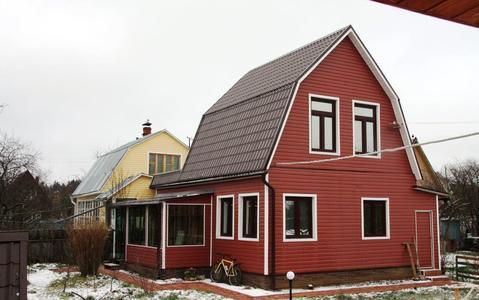 Продается 2х этажная дача 100 кв.м. на участке 6 соток