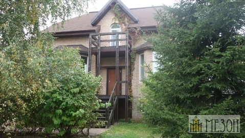 Продается кирпичный дом в охраняемом закрытом поселке
