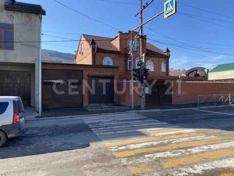 Продажа частного дома под коммерцию по ул.Хизроева, д.32, зу 2,5 сотки