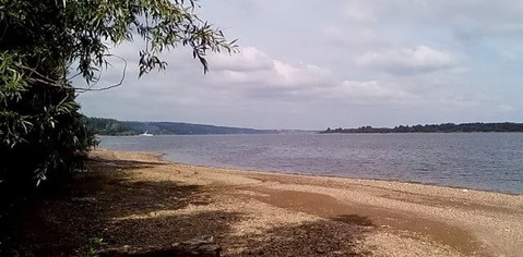 На берегу Камы, самая первая линия. 15 км.от Перми