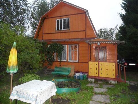 Двухэтажный, деревянный дачный дом, общей площадью 70 кв.м на .