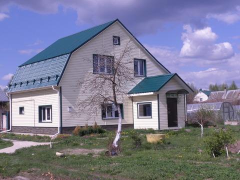 Коттедж 124,4м2 + квартира 56,6м2 на участке 23 сот. в с. Макарово