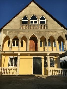 Дом 300кв.м с видом на море и горы район Светлана