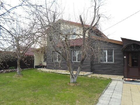 Продаётся 2-х этажный коттедж в деревне Елховка.