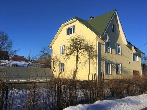Продаётся зимний, кирпичный 2х-этажный дом 216 кв. м. в городе Гатчина