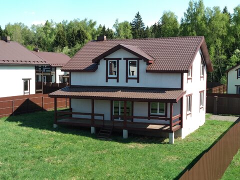 Продам дом 223 кв.м. 10 соток