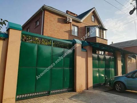 Продается двухэтажный, кирпичный дом в районе Нового вокзала