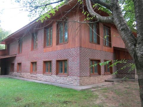 Продается 3 уровневый коттедж в г. Ивантеевка, ул. Санаторная