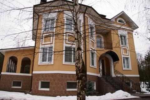 Рублево-Успенское ш. 5км. д. Раздоры дом в аренду 700кв.м.