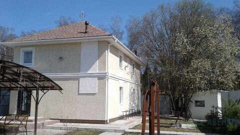 Сдается современный зимний новый дом 150 кв.м. на участке 5 соток.