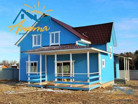 Дом для круглогодичного проживания с коммуникациями в деревне
