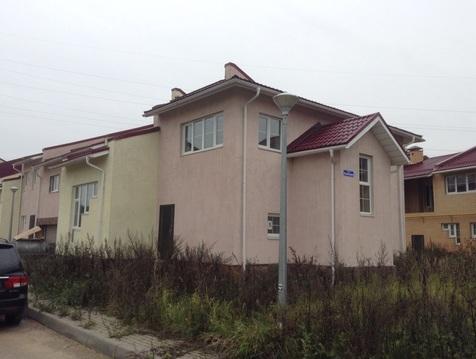 Коттедж, Киевское ш, 55 км от МКАД, Терновка, в поселке. 2-х этажный .