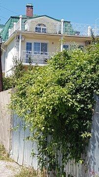 Продам гостевой дом и земельный участок в Крыму