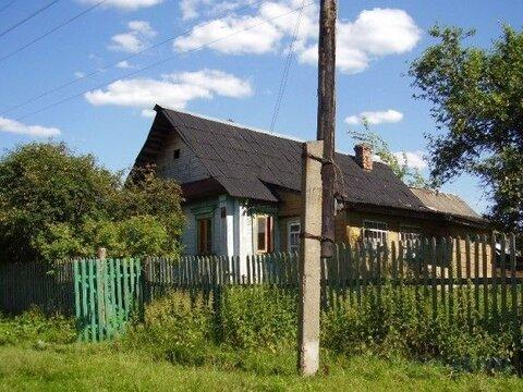 Деревянный дом старой постройки площадью 40 кв.м на участке 25 соток в .
