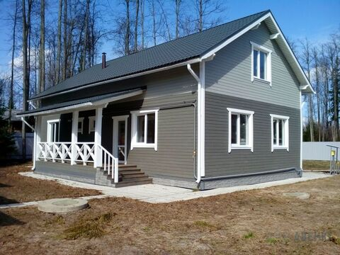 Новый деревянный дом из клееного бруса, 165 кв.м, на лесном участке .