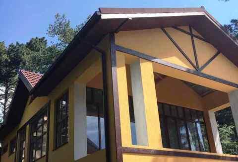 Купить дом в Ялте, сосновый лес