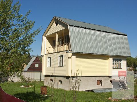 Дом рядом с лесным массивом