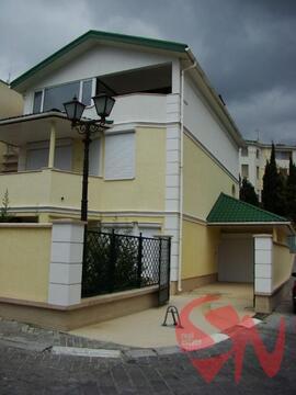 Предлагаем купить коттедж в Никите в рекреационом комплексе на бер