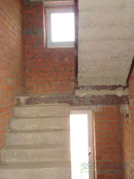 Кирпичный дом 300 кв.м, под отделку, в Новой Москве. Участок 10 .