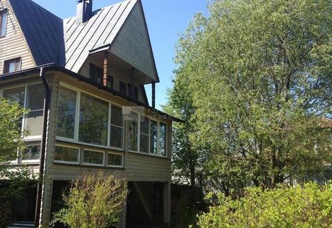 Продается дом в охраняемом поселке, возле д.Палицы, 31 сотка, 280 .