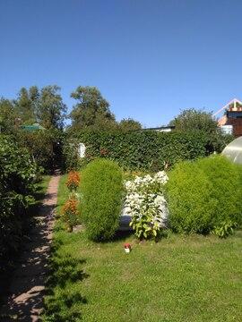 Часть дома на участке ИЖС в Дедовске.