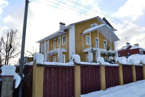 3х этажный кирпичный дом Дмитровское, Ильинское ш.15 сот.