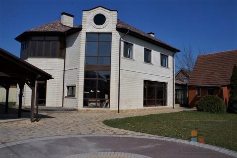 Дом с бассейном ул. Ягодина